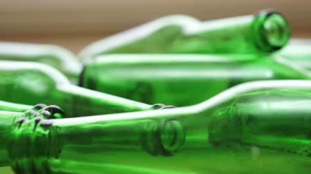 tesisler : Bottles Green Recycling Laying Down Zoom