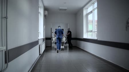 acil durum : Patient on stretcher super slow motion Stok Video