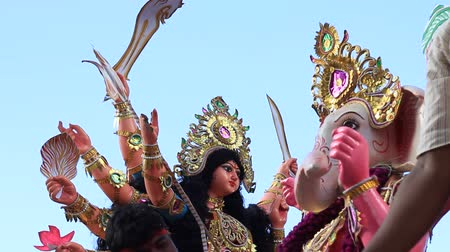 religieus : Durga puja - hindoe festival in India Stockvideo