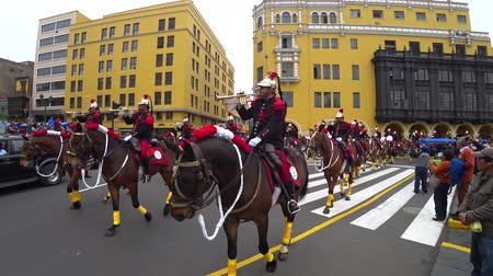 festa : Lima, Peru - September 2017: Soldiers on horse playing music in the military parade at Plaza Mayor, Plaza de Armas of Lima