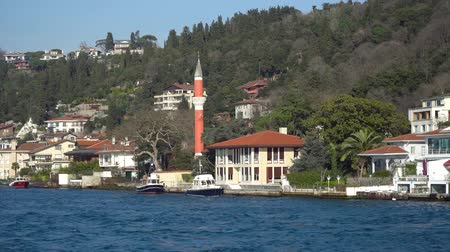 ottoman : istanbul, Turkey - March 2019: Luxurious and expensive sea front historical houses by the Bosphorus strait Stock Footage