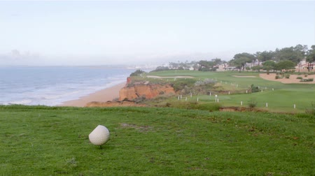 фарватер : Algarve golf course scenery landscape, famous golf and nature destination, Portugal.