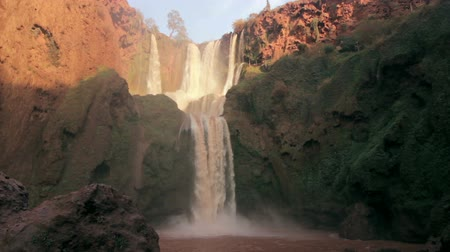 марокканский : Ouzoud Waterfalls in the Grand Atlas village of Tanaghmeilt, province of Azilal, Morocco.