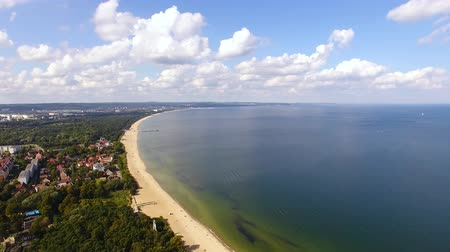 túmulo : Aerial view of the beach of Gdansk in summer