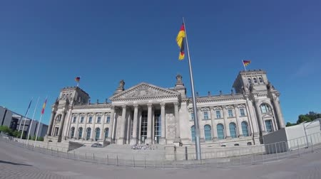 fish eye : BERLIN, GERMANY - MAY 20, 2018: Time Lapse: In Front of The Berlin Reichstag In Summer, Fish-Eye