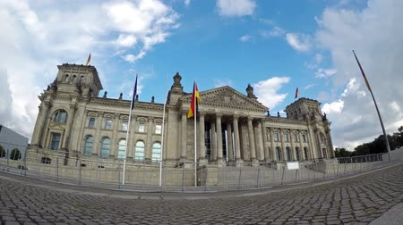 bundestag : Politics Concept Time Lapse: In Front of The Berlin Reichstag In Summer, Fish-Eye
