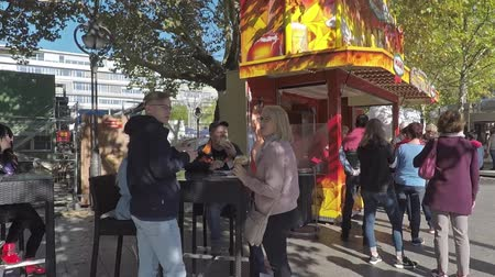 breitscheidplatz : BERLIN, GERMANY - OCTOBER 5, 2018: Walk At A Market At Famous Breitscheidplatz in Berlin, Germany Stock Footage