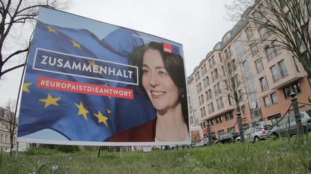 verkiezing : BERLIN, GERMANY - APRIL 13, 2019: Timelapse: Campaign Poster of Katarina Barley, German Lead Candidate For The SPD For The Elections To The European Parliament In Berlin, Germany