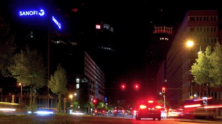 binnenstad : BERLIN, GERMANY - APRIL 21, 2019: Timelapse: Traffic Near Potsdamer Platz Square In Berlin, Germany At Night With Motion Blur, Zoom Out