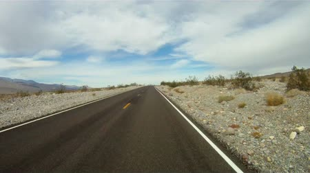 крайняя местности : Fast Motion Drive Through Death Valley California