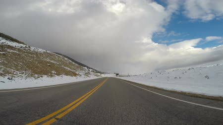 harikalar diyarı : Road to Earthquake Lake Southwest Montana Winter Storm Approaching