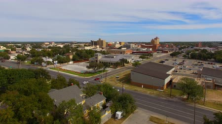Just slight traffic on the weekend in the aerial view of San Angelo Texas USA Stok Video