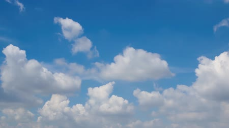 meteorological : Slow motion fluffy clouds moving on blue sky,Video Full HD 1920x1080.