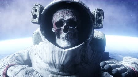 zombi : Dead zombie astronaut in space. Cadaver. Realistic 4k animation. Stok Video
