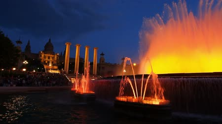 Барселона : Font Magica de Montjuic - famous fountains in Barcelona, Catalonia, Spain