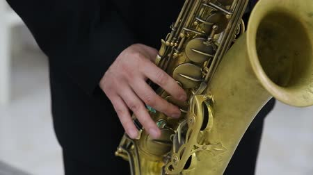saxofone : Man playing saxophone on concert