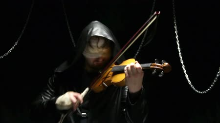 persiana : Blind violonist playing on a broken violin