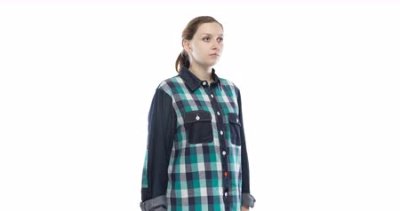 mês : Young pregnant girl in green plaid shirt Stock Footage