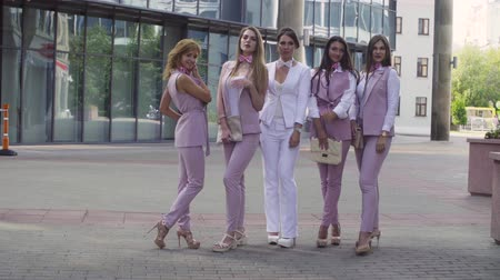 eleganckie : Portrait of five business women outdoors Wideo