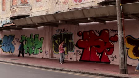 grafitis : La pared de graffiti