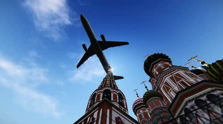 rusya : Airplane flying over The Cathedral of Vasily the Blessed in Red Square, Moscow, Russia. 3D simulation.