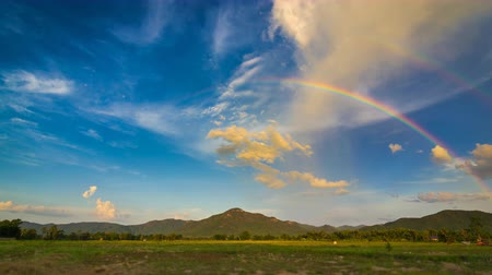 genişlik : Time Lapse Beautiful Rainbow In The Nice Sky