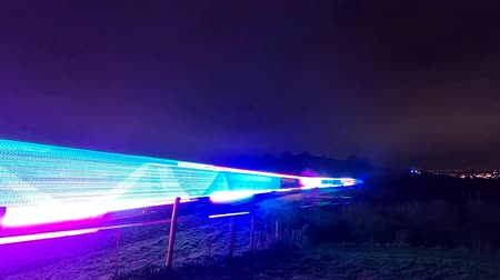 stoommachine : Devon, Engeland: De stoomtreinlocomotief 'Train of Lights' 2019 op verschillende punten tussen Kingswear en Paignton Stockvideo