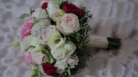 kırılganlık : Wedding bouquet of beautiful flowers. Wedding flowers