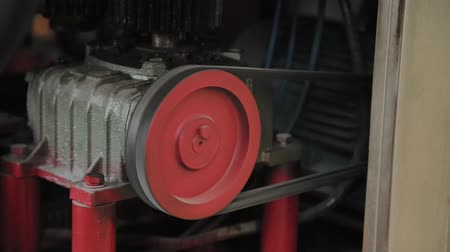 transzformátor : Working electric motor on a factory machine.