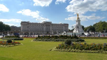 saray : Buckingham Palace, London, England.