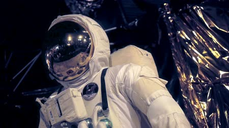 helmets : Apollo Moonlanding Spacesuit.