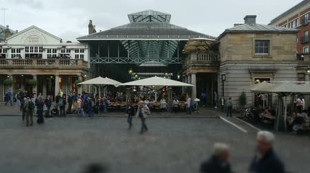 covent : Covent Garden Piazza time lapse panorama.