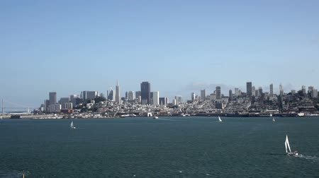 waterkant : Downtown San Francisco gezien van Alcatraz.