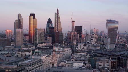 london england : Elevated view - day to night time-lapse of the business district of London, England Stock Footage
