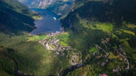 norveç : Geiranger fjord, Beautiful Nature Norway. It is a 15-kilometer (9.3 mi) long branch off of the Sunnylvsfjorden, which is a branch off of the Storfjorden (Great Fjord). Stok Video