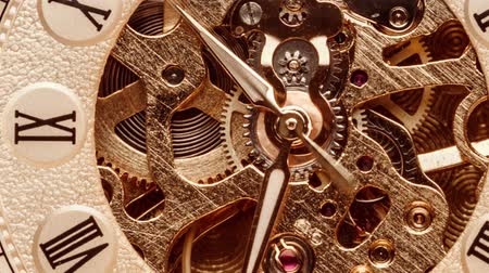 ingranaggi : Close-up di quadrante antico. Orologio da tasca d'epoca. Filmati Stock