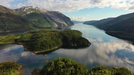 skandináv : Aerial footage Beautiful Nature Norway