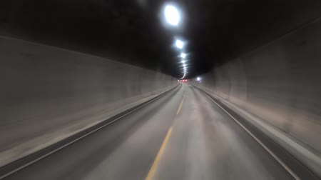 manèges : Car rides through the tunnel point-of-view driving
