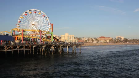 Калифорния : Beach at Santa Monica Pier