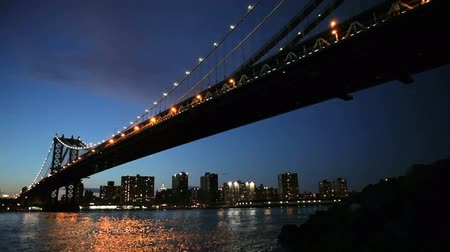 pomost : New Yorks Manhattan Bridge