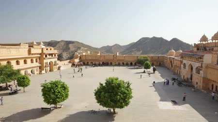 оборонительный : Amber Fort, overlooking courtyard, Jaipur, Rajasthan, India