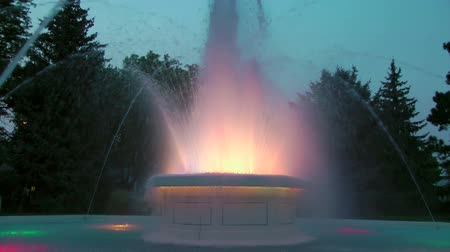 nebraska : Dancing water and lights of a fountain in Central Park, Alliance, South Dakota