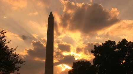 čas : Sunset on the Washington Monument, time lapse Dostupné videozáznamy