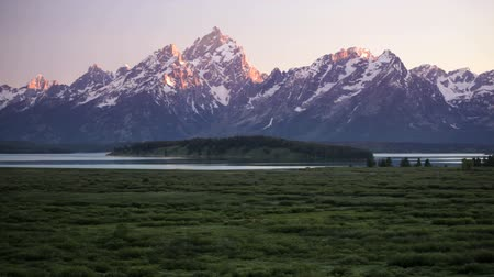 grand tetons : Grand Teton National Park, time lapse, zoom in, includes high quality audio Stock Footage