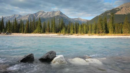 natura : Canadian Rockies and Kootenay river, Kootenay National Park, with high quality audio included