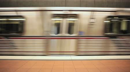 trilho : Los Angeles subway train