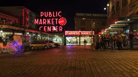 базарная площадь : Pike Place Market at Night, Seattle, Washington