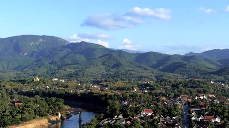 coisa : Scene from Luang Prabang Laos South East Cityscape Skyline