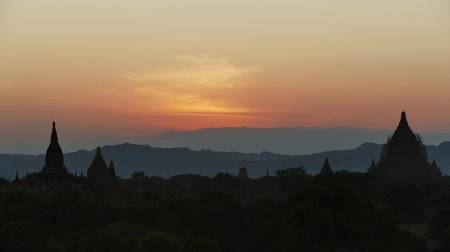 birmânia : Scene from Bagan Myanmar South East Asia Sunrise Sunset clips Vídeos