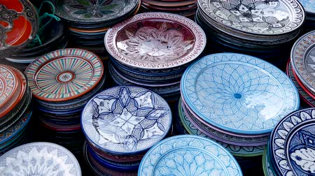 высокой четкости : Plates Market Stalls Central Square Souk Shopping Marrakesh Morocco